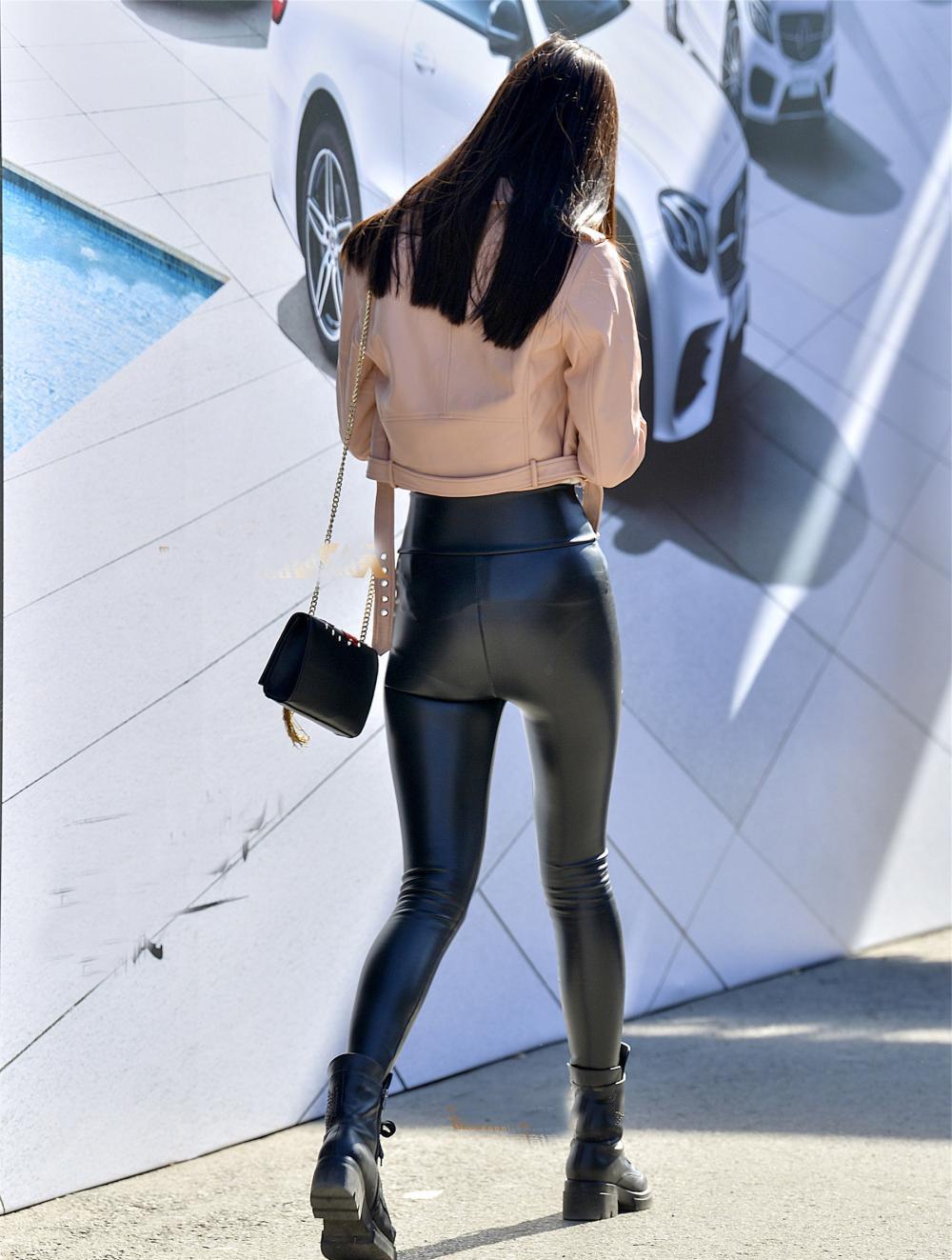 女生皮裤款式图手绘