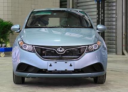 新能源汽车的来临掀起了一场脑力风暴,吉利全球鹰k17a值得首选