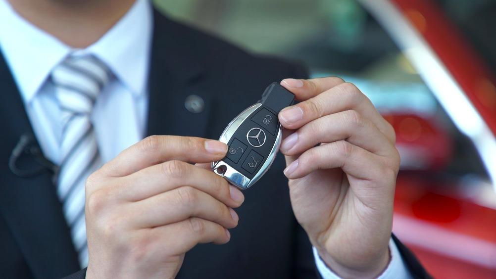 女司机必学的安全知识!用遥控钥匙开车门,到底只开主驾驶门还是全车?的智能...