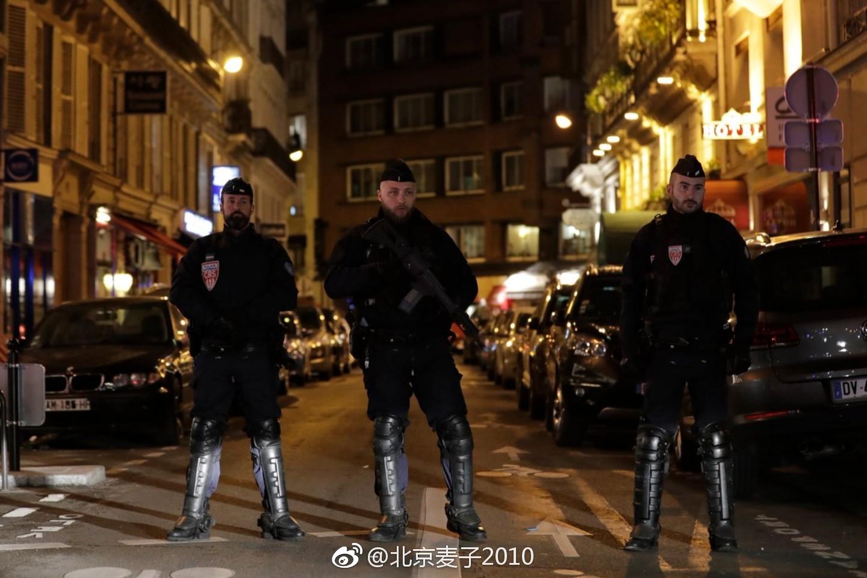 法国巴黎市中心的恐袭…1死8伤.事发地,作案人…和现场都在这儿了.