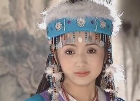 看了赵薇和林心如版的香妃,再看刘丹版本,知道琼瑶为何选她了!图片