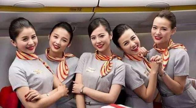 阿联酋航空 最后还有部分非洲航空公司的空姐制服.图片