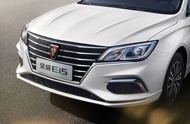 嗨EV | 这四台纯电动轿车续航又长又可靠,有款还合适跑滴滴