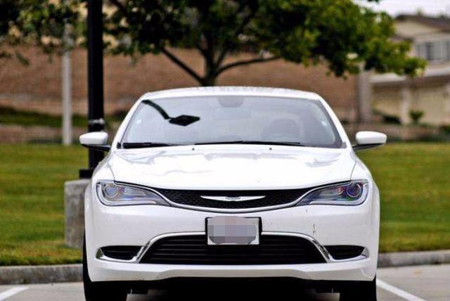 美国街头的街车,品牌比福特响,高颜值轿跑国产预18万起售