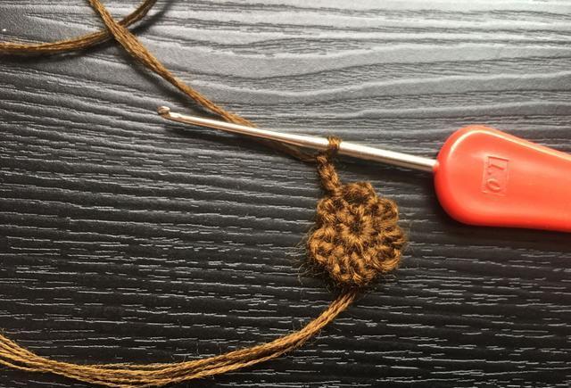 钩针编织束口收纳袋(有教程)