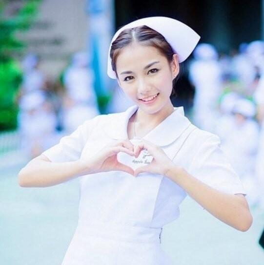 白衣天使,美女护士写真,哪一个最漂亮?