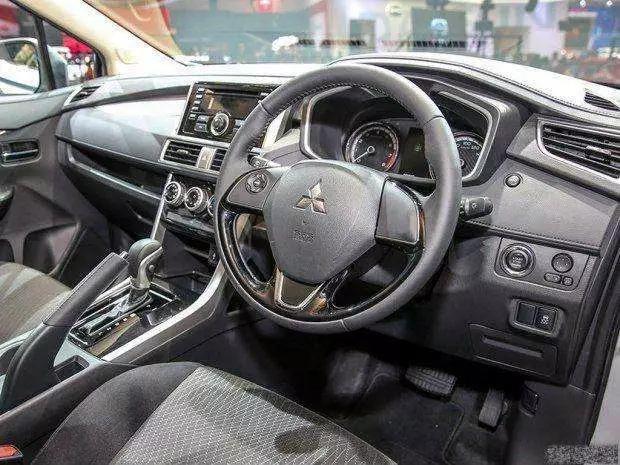 三菱Xpander震撼来袭,颜值不输帕杰罗,才卖10万块!