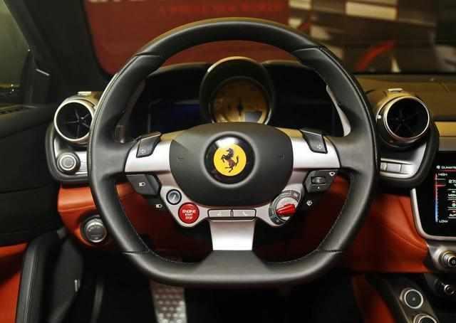 造型比帕拉梅拉丑, 358.8万起售, 因为品牌成富二代最爱跑车