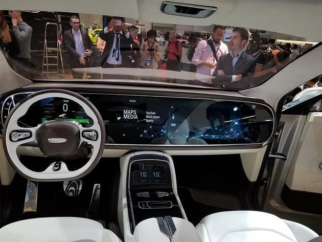 350项专利,续航650KM,车内屏幕大到吓人这国产比特斯拉还牛!