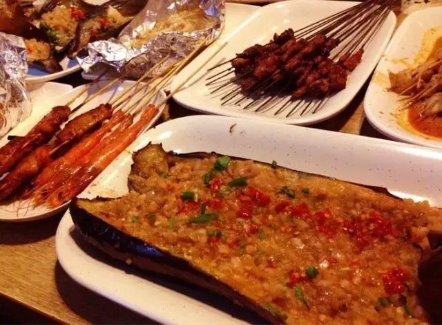 国内旅游四日攻略美食~国内后悔不吃的攻略你吃过那些呢?西安美食黄山游图片