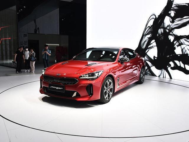 起亚全新运动轿车ProCeed !像极了Panamera,将在巴黎车展亮