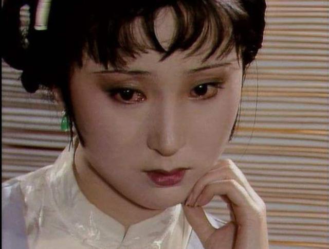 薛宝钗在 红楼梦 中竟然没做过梦,贾宝玉和林黛玉之间的梦最多