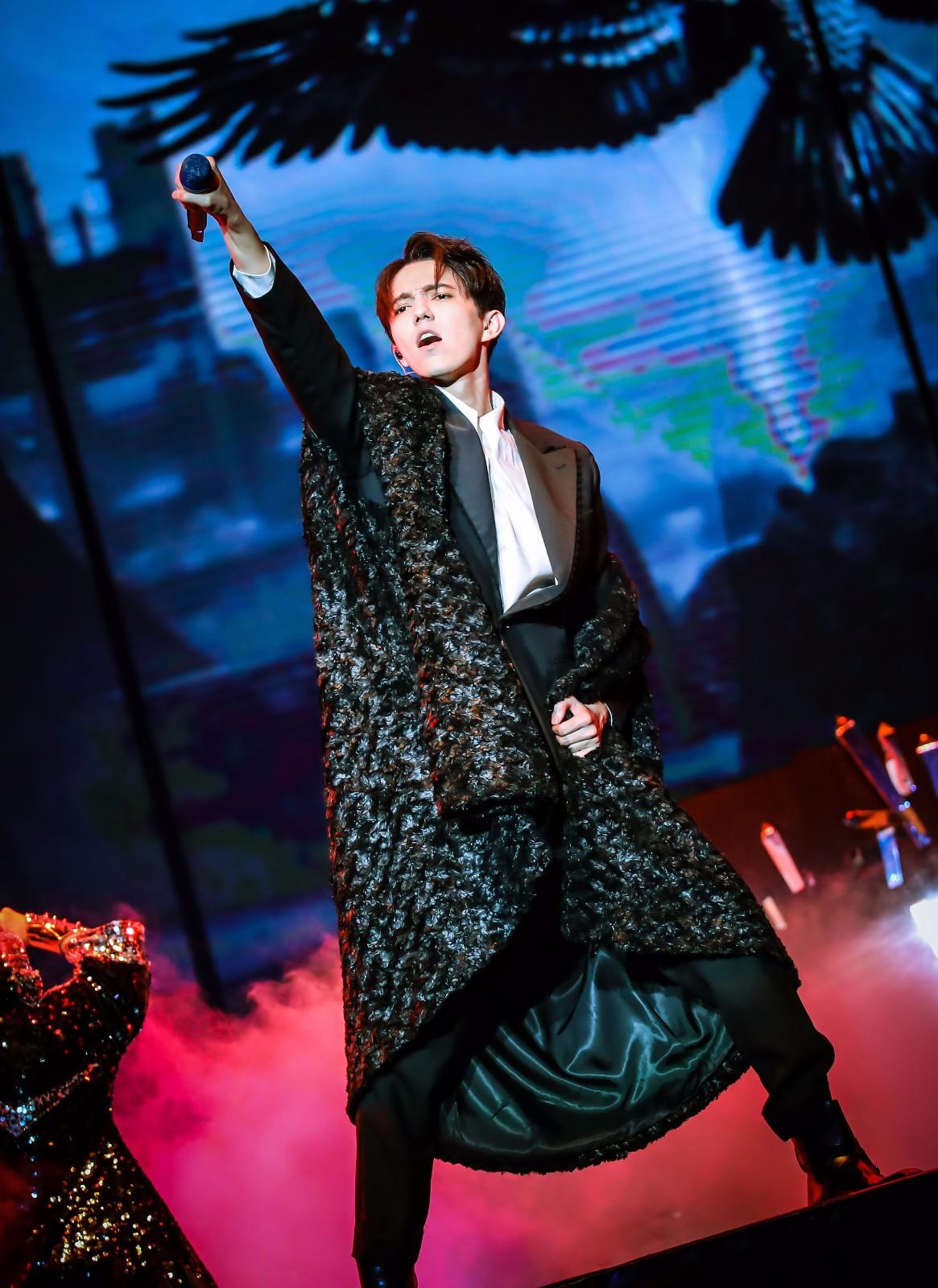 迪玛希D时代巡演深圳站完美落幕 顶级舞美升级歌单开启专属D时代