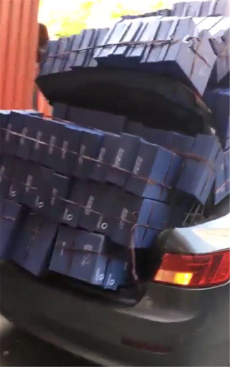 11万传祺GA5拉货,看到车上货物时,网友直呼:还有这操作!