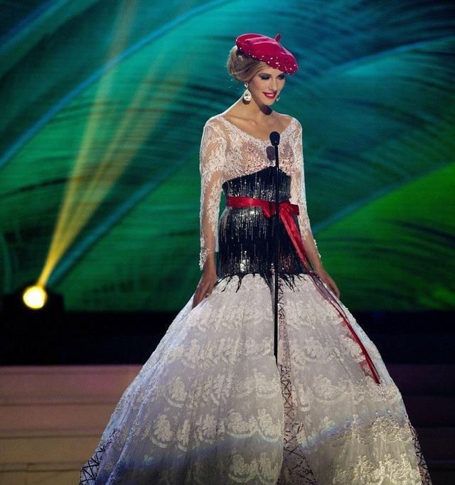 世界模特大赛要求穿国家特色服饰, 韩国出场