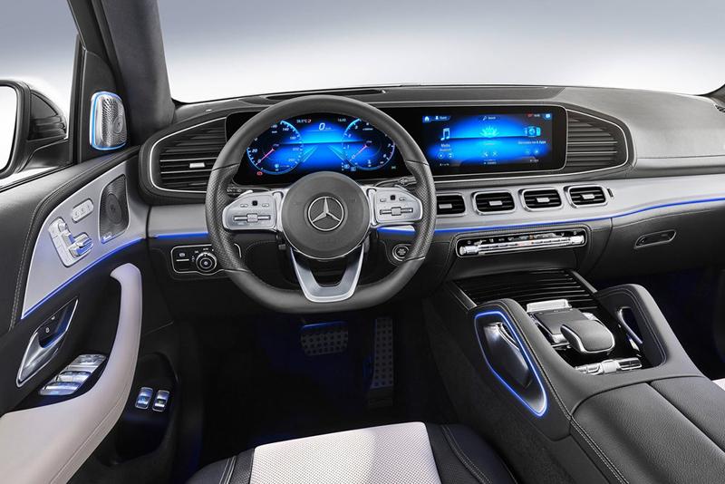 剑指宝马X5 奔驰全新GLE官图曝光 将于10月1日首发亮相