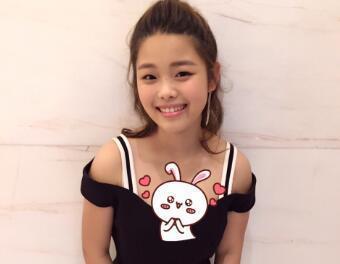 中国最丑女童星, 女大十八变, 如今颜值逆天引无数人追求!