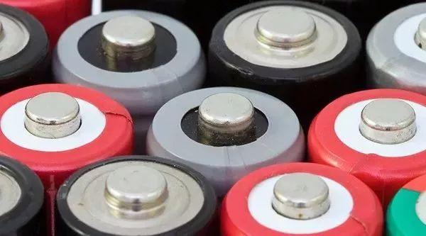 全球动力电池前十:宁德时代居榜首,中国占7席!