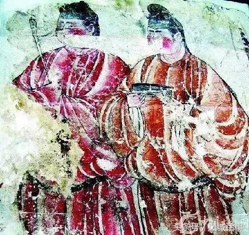 当时外国人来我国寺庙扣下无数壁画,难道就没人管吗