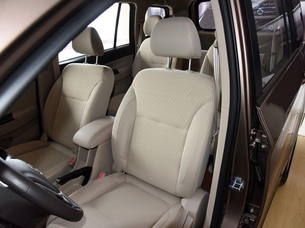 轿车般的舒适性 金杯750还是你熟悉的MPV吗?
