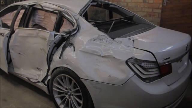 惨不忍睹的宝马740i事故车修复过程展示,这手艺直接逼近原厂的外观,车子...