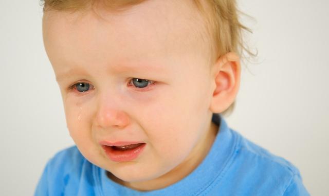 1岁孩子白天高烧39度多, 家长喂药不当晚上降