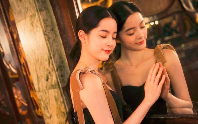 欧阳娜娜穿长裙凸显高贵气质,网友辣评:你靠什么半年赚7000万?