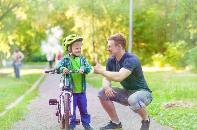 学会这几句表扬孩子的话, 你会成为朋友圈中最