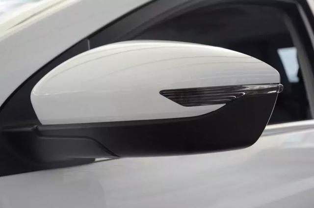 续航提升至400公里 全新帝豪EV450到店实拍