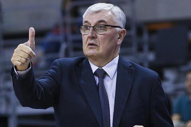 爆料:中国男篮合并后主教练已确定,你有什么看法?