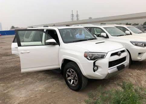 丰田霸道他哥已到港,纯进口7座,不到30万,搭载4.0发动机
