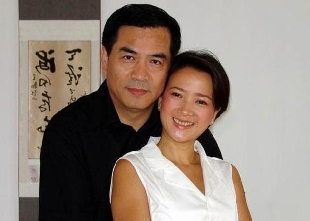 廖京生是一个很低调的男演员,有很多经典的作品,比如有《人间正道》