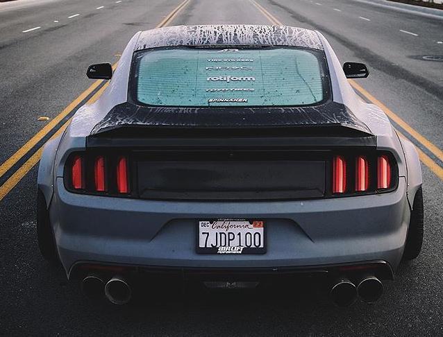 集竞技与姿态于一身,这样的Mustang能否俘获你的芳心?