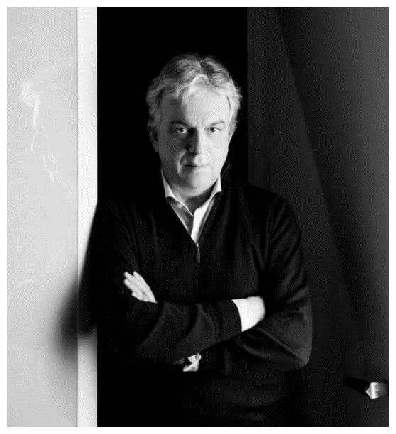 来看看米兰家具时间展上,国际知名家居设计师平面设计v家具上班全球图片