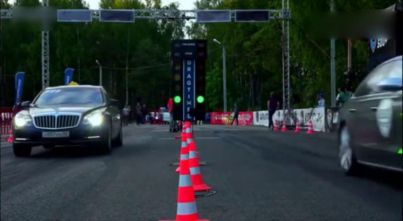 视频:迈巴赫57S vs奥迪S8 vs梅赛德斯CL63 AMG