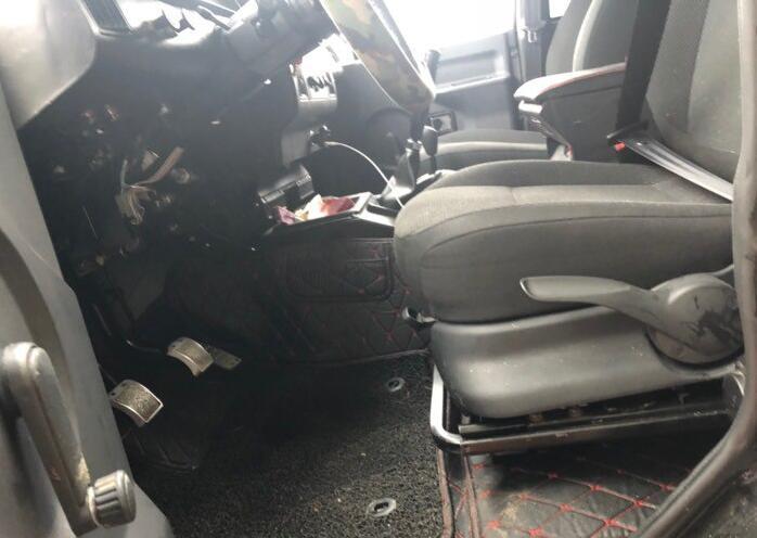 全新19款北汽bj212提车,落地8万,换装polo座椅后舒适度倍增!