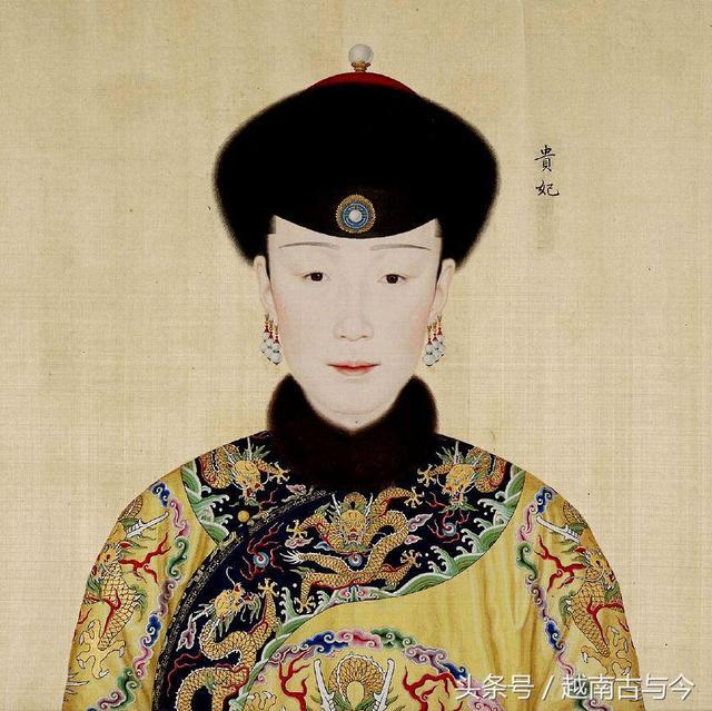 乾隆皇帝最爱的妃嫔画像曝光,其中一位被誉为清朝最美图片