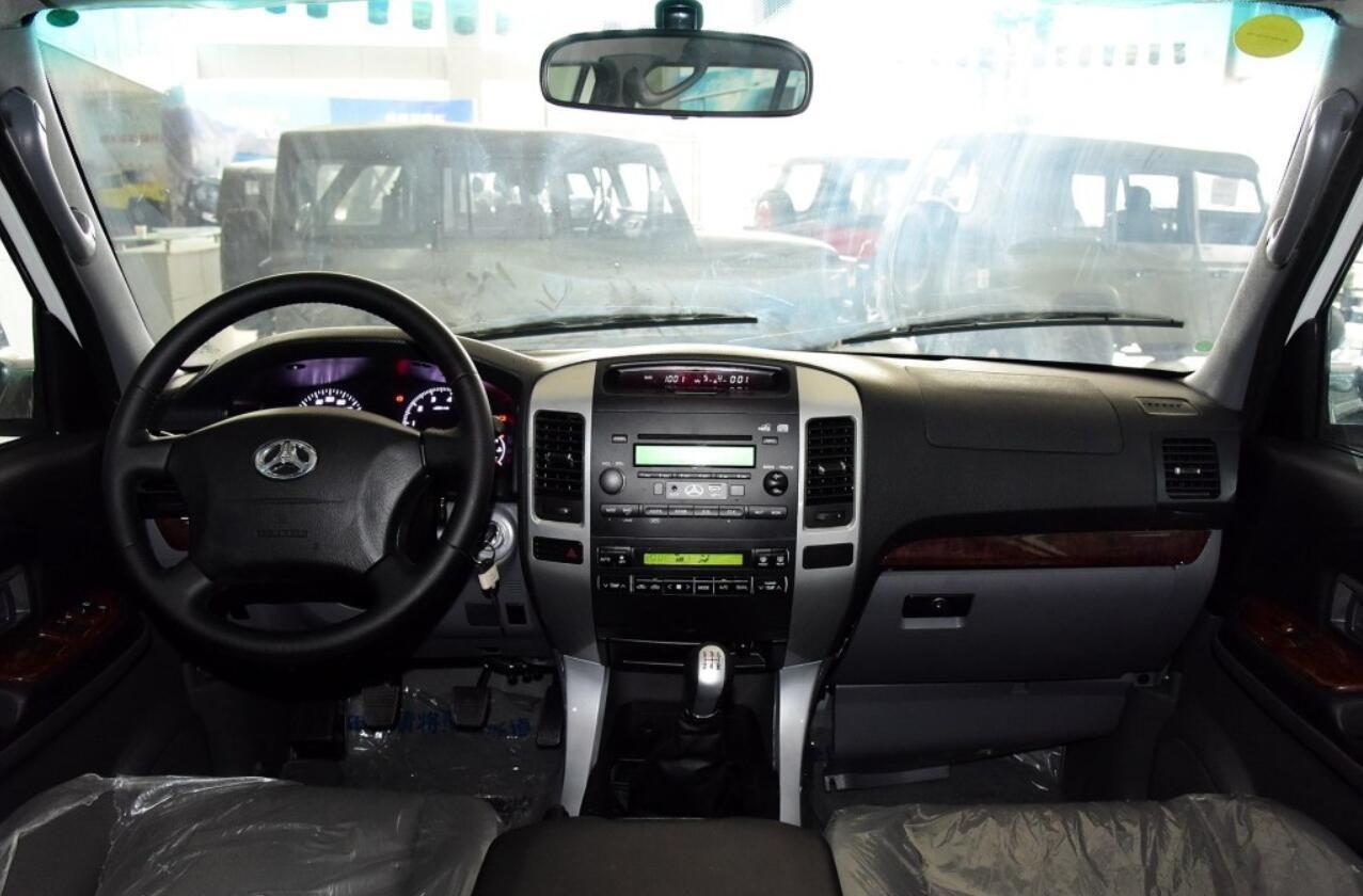 这SUV配备普拉多底盘和发动机,只需10几万却没人买!