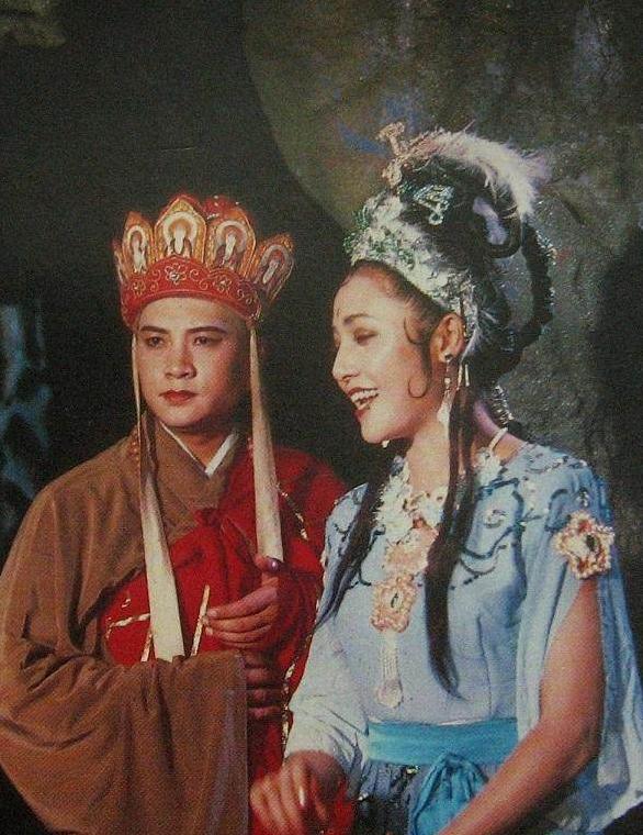 游记唐僧演员_西的游记中垂涎唐僧美貌女妖精!