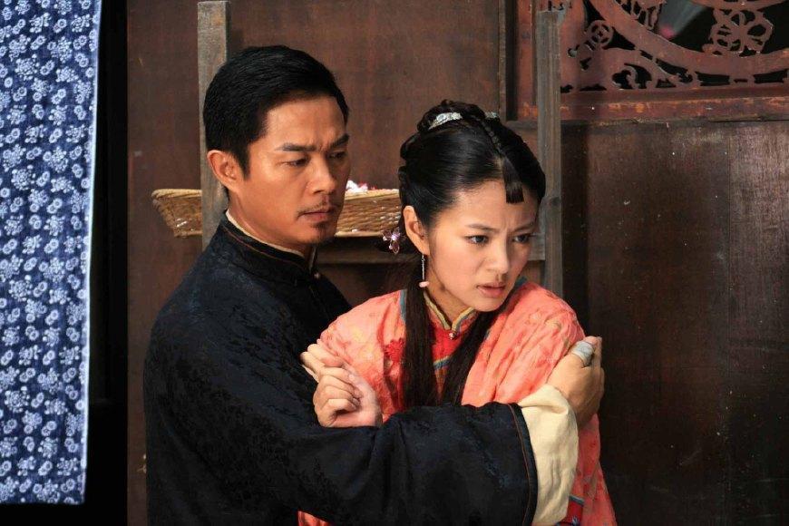 《锁清秋》是一部民国情感剧,在当初播出的时候还拿下了收视冠军,不