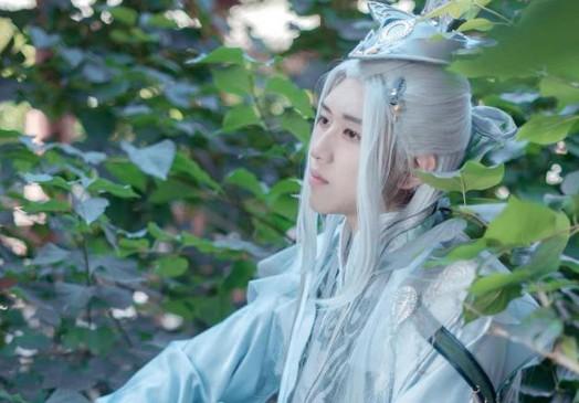 《变形记》古装王境泽表情表情撞脸蔡徐坤萌谁是小女孩造型包图片