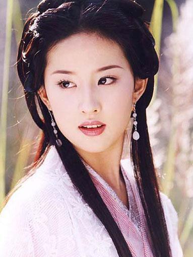 """8位""""回眸一笑""""的古装美人, 张馨予输给杨幂, 佟丽娅,热巴上榜"""