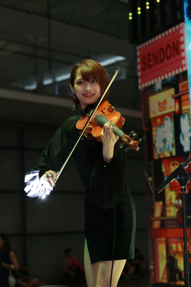 《头条少女》Ayasa绚沙,美貌与才华并存的小提琴演奏家