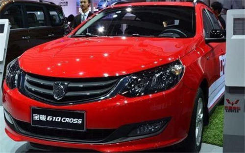 宝骏610 CROSS静态体验,外观设计耐看 售价6.78-8.78万!