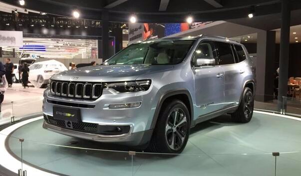 JEEP大指挥官PHEV亮相2018北京车展,新能源车越野能力怎样?