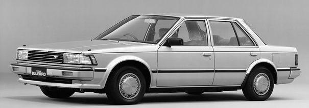 这些当年的进口车可是很高大上的,坐进去别提多神气了