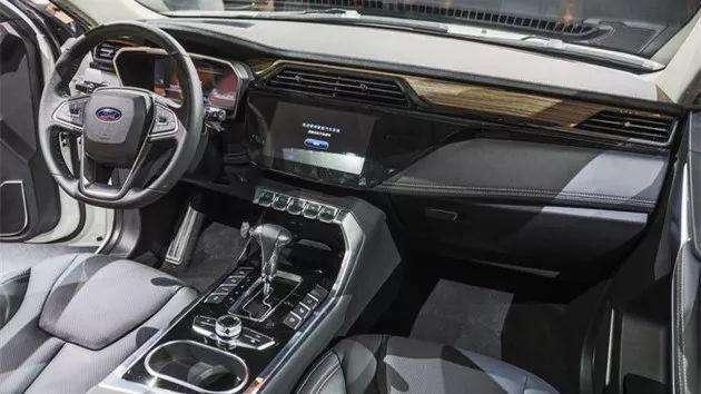福特全新SUV来袭,网友:整容版驭胜S330