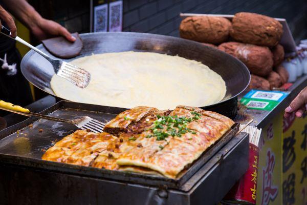 甘肃最热闹的美食街,美食不足200米,却每天游长度武汉甘谷图片