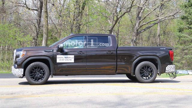 继续完善车型序列 新一代GMC Sierra Elevation版本谍照曝光