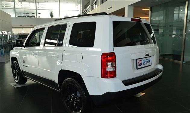 7座SUV成熟男人选择 自由客报价城市越野两不误